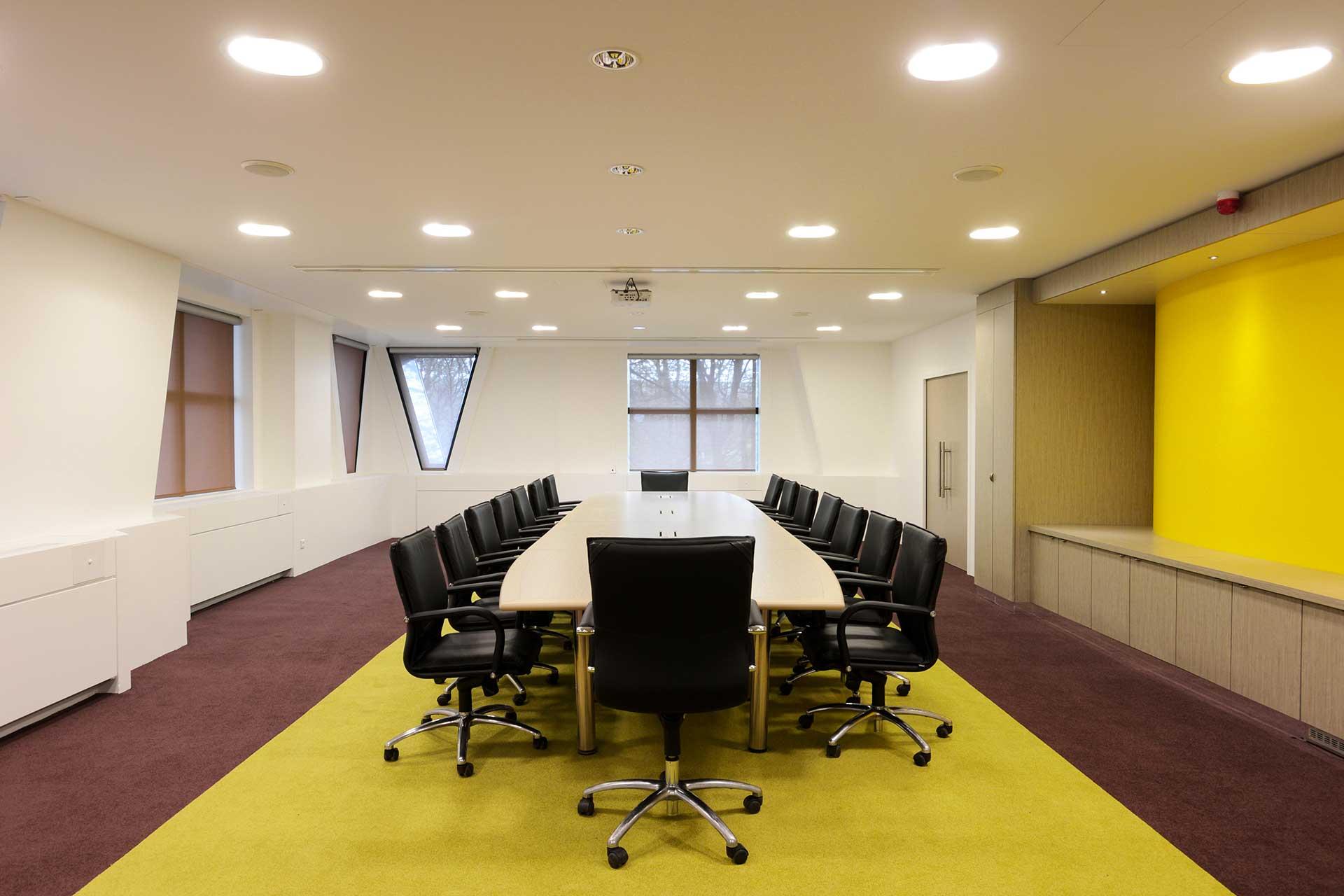 Plafonds suspendus plaque de plâtre lisse